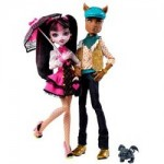 The Monster High Draculaura And Clawd Wolf Doll Giftset