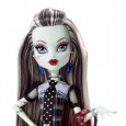 The Frankie Stein doll was initially released as one of the original Monster High dolls in July of 2010 along with fellow classmates Draculara, Clawdeen Wolf, Lagoona Blue, Cleo de Nile and Deuce Gorgon. This core line of dolls was soon to be followed up by several new dolls in different outfits. To date there have been six versions of...