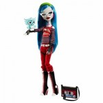 The Monster High Ghoulia Yelps Standard Version with pet owl